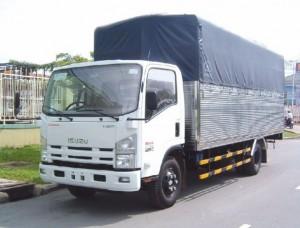 Xe tải Isuzu mui bạt NQR75L 5.5 tấn thùng dài 5.7m nhập khẩu Nhật Bản