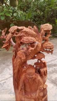 Tượng gỗ diện nguyễn