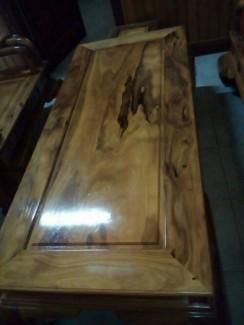 Bộ bàn ghế bách xanh