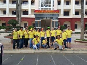Hội doanh nhân họ Trần mặc áo đồng phục được may từ Xưởng May Gia Công Trang Trần.