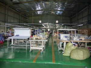 Xưởng May Gia Công Trang Trần – Máy Móc Hiện Đại Và Đội Ngũ Thợ May Lành Nghề