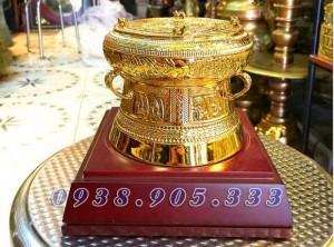 Chú ý! Trống đồng mạ vàng, Quà tặng lưu niệm bản sắc Việt Nam.