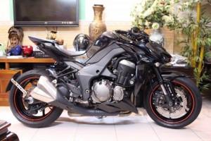 Cần bán Z1000 ABS (Model 2015) Màu Đen ....