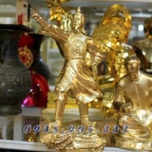 Tượng Trần Hưng Đạo mạ vàng cao 25cm để bàn làm việc