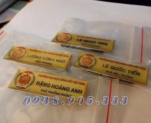 Thẻ Cài Ngực nhân viên văn phòng , Thẻ Tên, Thẻ Nhân Viên, bằng đồng