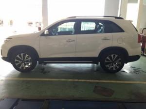 Kia sorento dòng xe 7 chỗ đang chiếm lĩnh thị trường giá chỉ 878 triệu