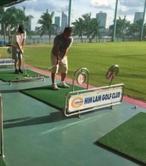 Các sân tập golf đều cần phải có lưới bao quanh để chắn bóng golf khi đánh không bị bay ra ngoài. Lưới chắn bóng golf được làm từ sợi nhựa nguyên sinh PE hoặc polyester màu sắc đa dạng: xanh ngọc xanh nhạt, xanh lá..