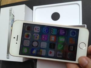 Phone 5 Lock lên vỏ 5S vàng gold