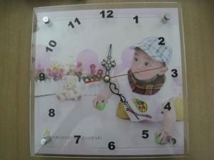 Tranh đồng hồ quà tặng tri ân khách hàng