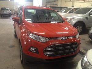 Ford EcoSport Titanium 2k16 giao liền