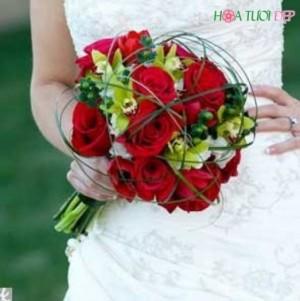 Hoa cưới cầm tay Kiểu Mỹ Đẹp - HCKM003