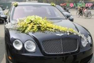 Mẫu hoa trang trí xe cưới đẹp nhất - XH001