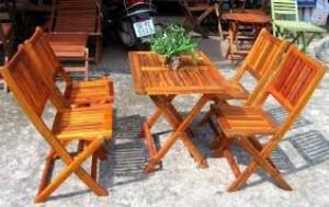 Bàn ghế gỗ giá rẻ tại nơi sản xuất