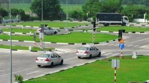 Đào tạo lái xe ô tô giá rẻ nhất thị trường