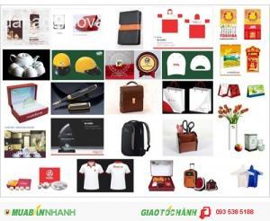 In logo áo thun, mũ bảo hiểm, áo mưa... giá cực rẻ