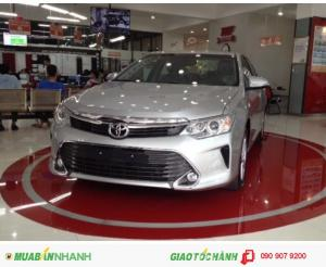 Toyota Camry 2017 giao xe ngay, Giảm lớn từ 50-80Tr