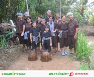 Tour Về Tiền Giang - Bến Tre tát mương bắt cá