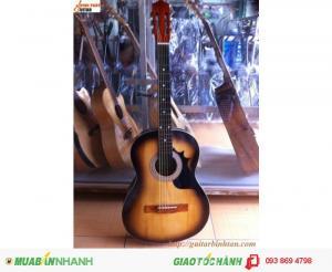 ban dan guitar 390k