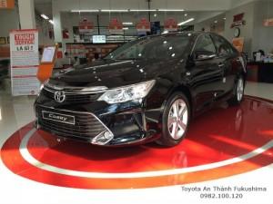 Khuyến Mãi Toyota Camry 2.5Q 2016 Màu Đen Sang Trọng, Mua Trả Góp Trọn Gói Chỉ 460Tr. LH 0982.100.120