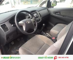 Toyota Innova 2.0 E đăng ký 1/2k14, 51a...