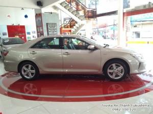 Khuyến Mãi cực hot Toyota Camry 2.5Q 2016 Màu...