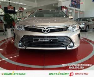 Toyota Camry 2.5Q 2017, Mua Trả Trước Chỉ 460Tr.