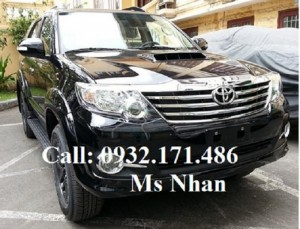 Toyota Fortuner giảm ngay 15Tr giao ngay...