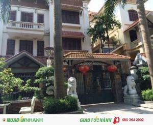 Bán nhà Nguyễn Trãi.Bến Thành.Q1 DT: 4.3x15m....
