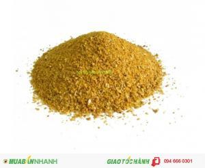Distillers Dried Grais With Solubes(thường được gọi là DDGS hay bã R...khô) là sản phẩm phụ của quá trình sản xuất Etanol công nghiệp.