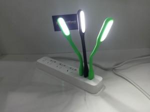 Khuyến mãi: các bạn được tặng kèm 1 đèn led USB khi mua 1 sản phẩm này