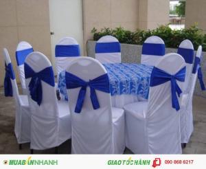 Cần thanh lý gấp bàn ghế nhà hàng