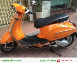 Xe Vespa Sprint 3V màu cam, mới 98%, BSTP