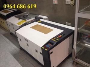 Máy laser 6040 cắt da, vải, máy laser 6040 cắt gỗ
