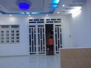 Bán nhà DT 8m x8m, 4 phòng ngủ, giá 1.75Tỷ,...
