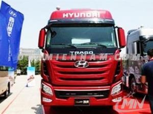 Bán xe tải Hyundai HD360  đời 2016, xe nhập, giá tốt, giao xe toàn quốc