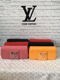 Cluth Lv Super sale sang chanh
