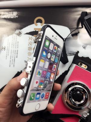 Ốp lưng iPhone hình máy ảnh
