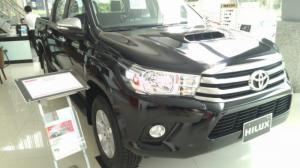 Toyota Hilux 2016, xe đủ màu, có xe giao...