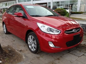 Hyundai Accent 1.4 AT nhập khẩu