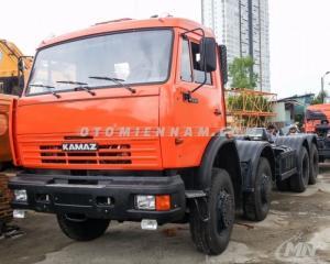 Phanh : ABS (Chống bó cứng) Giường xe tải: 01 giường/ ghế hơi./ 3 ghế Kích thước tổng thể: 10.325x2.500 x 3.480