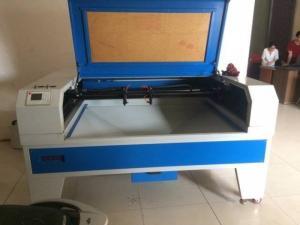 MÁY laser 1610 -2 , máy cắt vải công nghiệp , máy laser cắt vải
