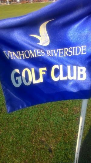 In logo lên cờ golf