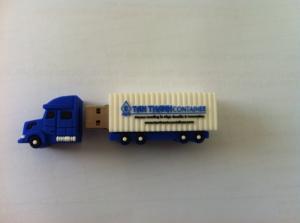 USB nhựa PVC cao cấp độc đáo, ngộ nghĩnh và lạ mắt có thể làm theo những biểu tượng của cty bạn