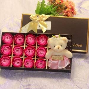 Hoa Hồng Sáp Thơm 12 Bông Kèm Gấu xinh xắn -...