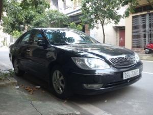 Gia đình cần bán 1 xe Toyota Camry AT 3.0 V6 sản xuất cuối năm 2004, form mới