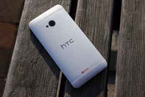 HTC One M7 bộ nhớ 32GB, ram 2G- Giá rẻ Nhất Hà Nội