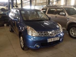 Cần Bán xe Nissan Livina 2k10,máy xăng, số sàn