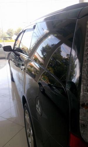 Bán xe Mitsubishi Grandis đời 2009 cũ nhập nguyên con