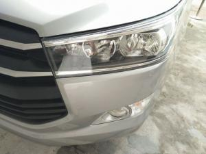 Cụm đèn trước xe Toyota Innova 2.0E 2016