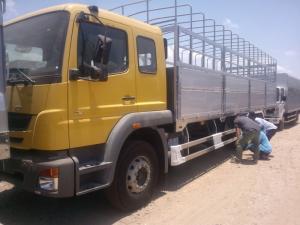 xe tải 15t thùng mui bạt